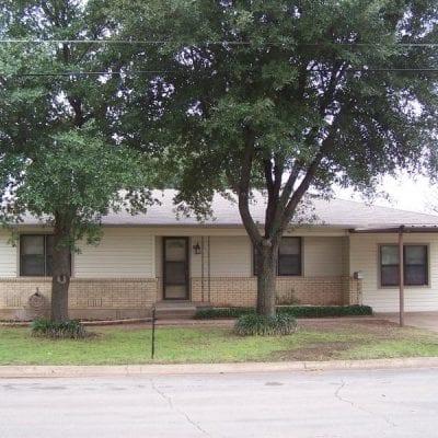 805 N. Main, West