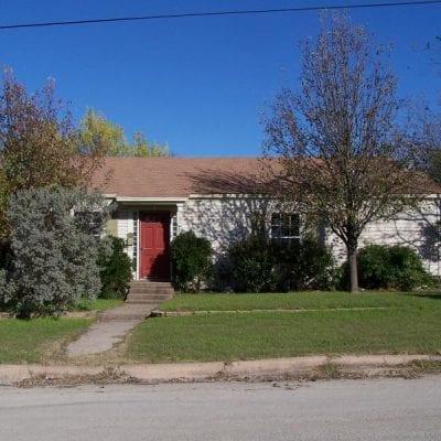 805 E. Walnut, Hillsboro