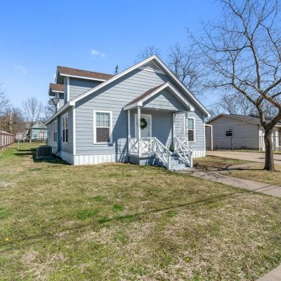 FOR SALE   413 E. Walnut, Hillsboro, TX 76645