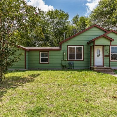 SOLD Remodeled Starter Home – West, Texas