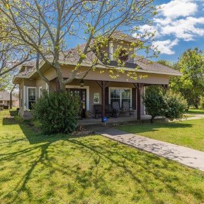403 W Waco Street, Abbott, TX 76621
