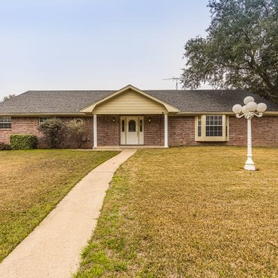1102 S Harrison Street, West, TX 76691