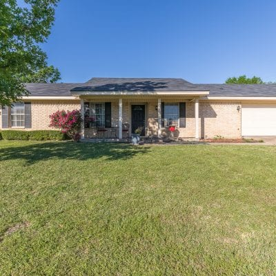 SOLD   Charming 3/2 in Midway ISD