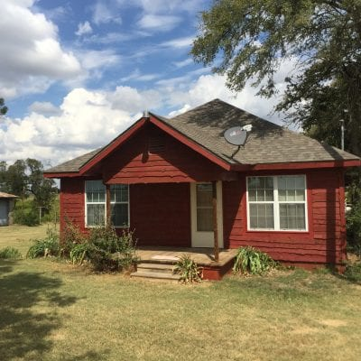 SOLD            CUTE 2/2 FARMHOUSE ABBOTT ISD